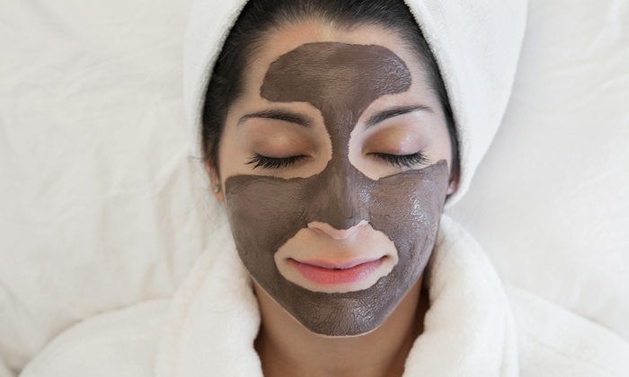 The Skin Genie - Downtown Ventura: $79 for One 45-Minute Custom Facial with 30-Minute Upper-Body Massage at The Skin Genie ($179 Value)