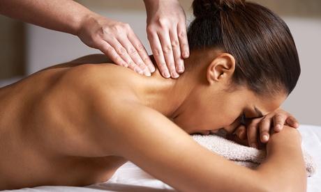 Masaje 'Relax Senses' de 30, 60 o 90 minutos solo para mujeres en Estética Virginia (hasta 62% de descuento)