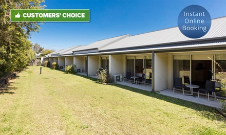 Hunter Valley: 1-, 2-, or 3-Night Getaway for Two with Breakfast, Wine, and Late Check-Out at Hunter Gateway Motel