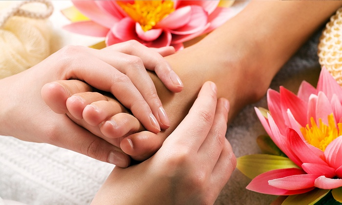 Naturalaser Clinics @ Toppers Aberdeen - Multiple Locations: Three DPL Hand or Toe Nail Fungus Treatments for £39 at Naturalaser Clinics