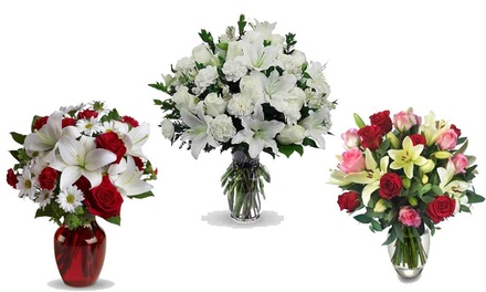 Up to £50 Toward Christmas-Themed Flowers and Gifts at Flowers Delivery 4 U (50% Off)