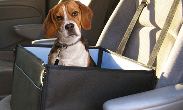 Sharper Image Pet Car Seat: $19 for a Sharper Image Pet Car Seat ($39.99 List Price). Three Colors Available.