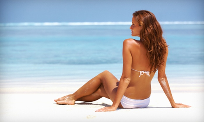 Glamour Glow - Washington Ave./ Memorial Park: One, Three, or Six Custom Airbrush Tans at Glamour Glow (Up to 65% Off)