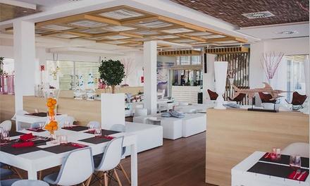 Cena degustación para 2 o 4 personas con platos a compartir, postre y botella de vino desde 49,95 € en Marina Cíes