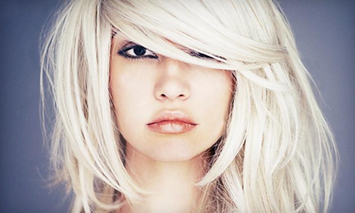 De Facto Salon - East Sacramento: Haircut and Style with Optional Color or Highlights at De Facto Salon (Up to 67% Off)
