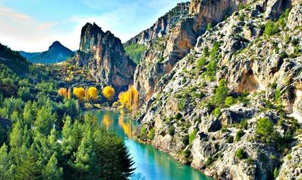 Albacete: 1, 2 o 3 noches para 2 con desayuno, detalle de bienvenida y opción a comida en Hostal Sierra del Agua