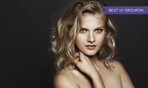 Salon Kosmetyczno-Fryzjerski NOA: Strzyżenie z myciem głowy i modelowaniem (29,99 zł) oraz koloryzacją (69,99 zł) i więcej w salonie NOA (do -52%)
