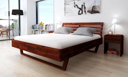 Bed van acaciahout, met of zonder nachtkastjes verkrijgbaar in 2 verschillende maten