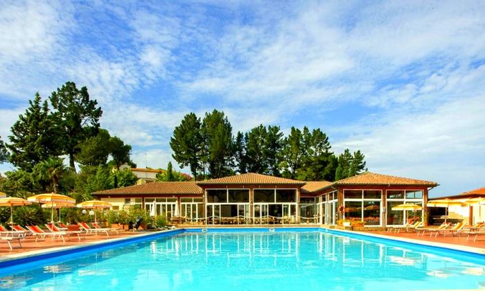 Cordial Hotel & Golf Resort Pelagone - Gavorrano: Toscana: 1 notte con colazione, area benessere, cena e golf in opzione per 2 al Cordial Hotel & Golf Resort Pelagone 4*
