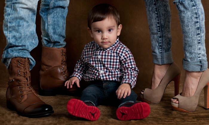 Affordable Quality Photography - El Paso: $49 for 30-Min Photo Shoot with Digital Images and Editing at Affordable Quality Photography ($150 Value)