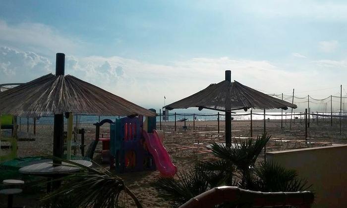 Bagno Mediterraneo Pinarella : Bagno mediterraneo 65 a pinarella di cervia groupon