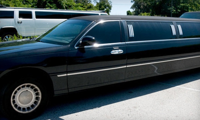 Circle City Transportation - Indianapolis: $32 for Limo or Town-Car Ride to Indianapolis International Airport from Circle City Transportation (Up to $65 Value)