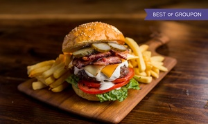Ristorante Manhattan: Menu maxi hamburger con tagliere, dolce e birra per 2 o 4 persone al Ristorante Manhattan (sconto fino a 78%)