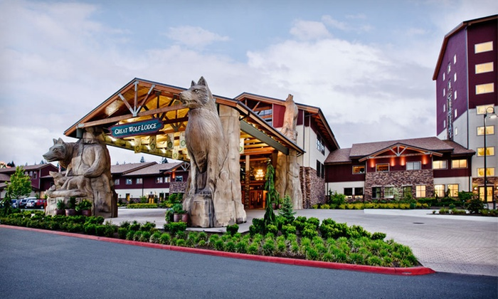 Great Wolf Lodge Charlotte/Concord - Concord, NC: One-Night Stay with Six Water-Park Passes at Great Wolf Lodge Charlotte/Concord