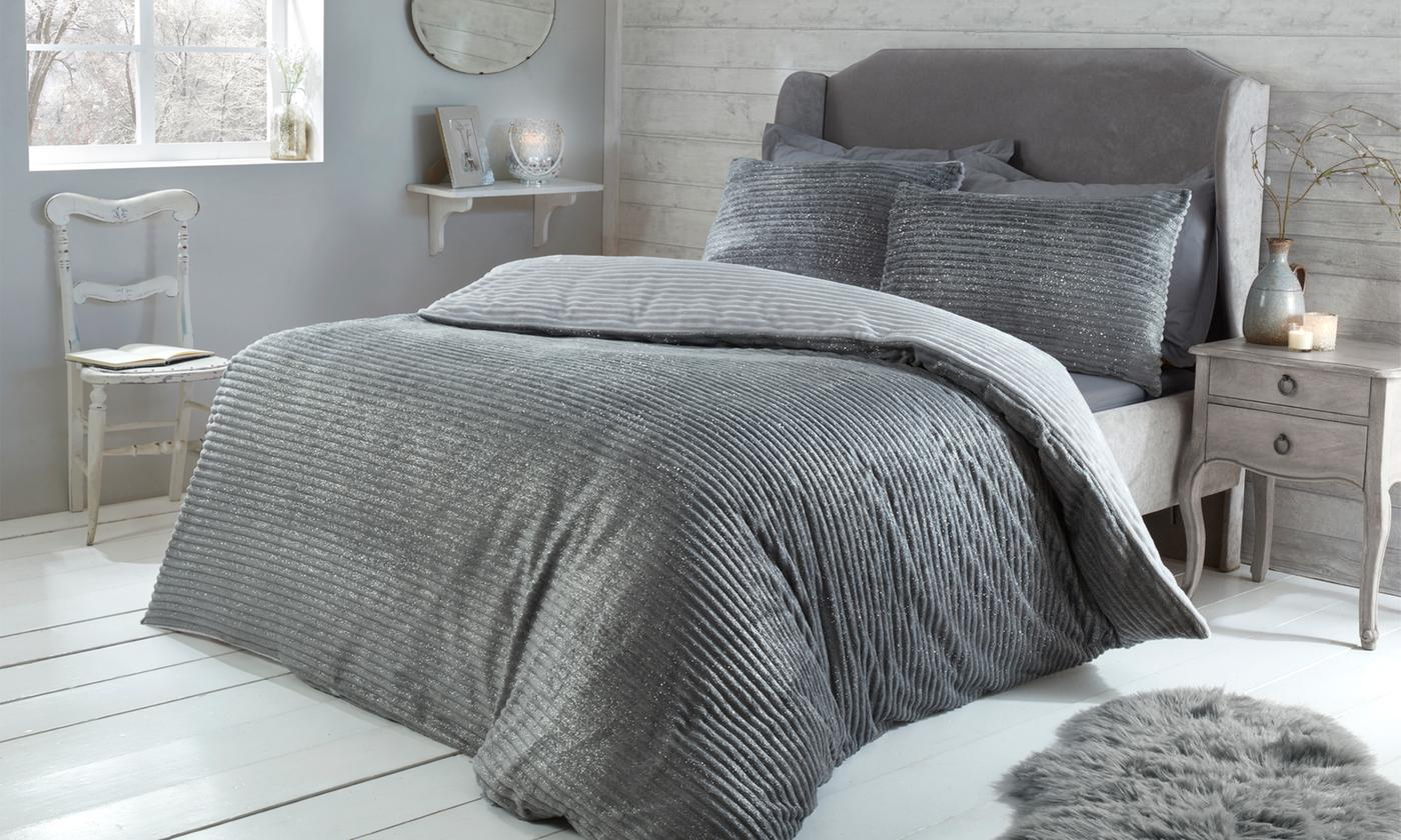 Pieridae Sparkle Ribbed Fleece Duvet Set for £18