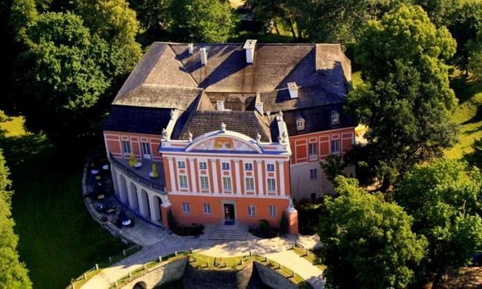 Góry Świętokrzyskie: pokój twin w pałacu