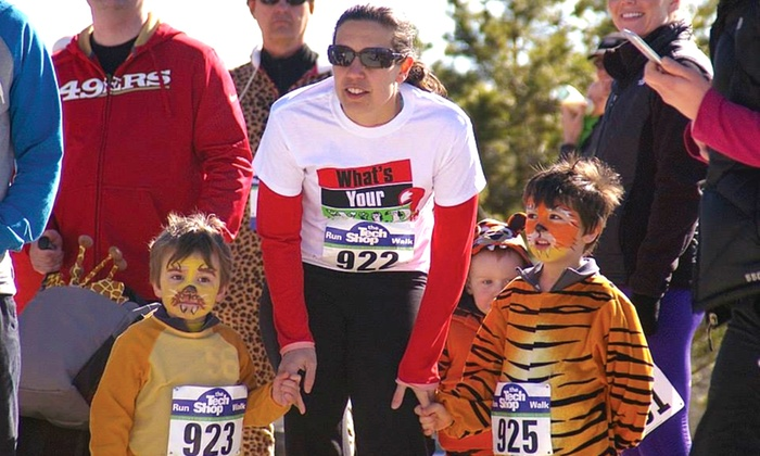Multisportscanada - Edmonton Valley Zoo: C$25 for a What's Your Wild? 5K Pajama Fun Run Charity Zoo Race from Multisportscanada on April 10 (C$45 Value)