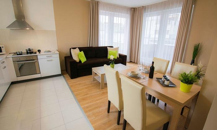 Corvin Plaza Apartments & Suites - Corvin Plaza Apartments & Suites: Budapeszt: 3-6 dni dla 4 lub 6 osób w apartamencie z 2 sypialniami i więcej w Corvin Plaza Apartments & Suites