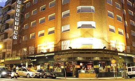 Mar del Plata: desde $799 por 2, 3 o 4 noches para dos + desayuno buffet + feriados y vacaciones en Hotel Argentino