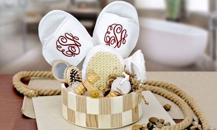 Customized Gifts for Her from Monogram Online (Up to 55% Off).