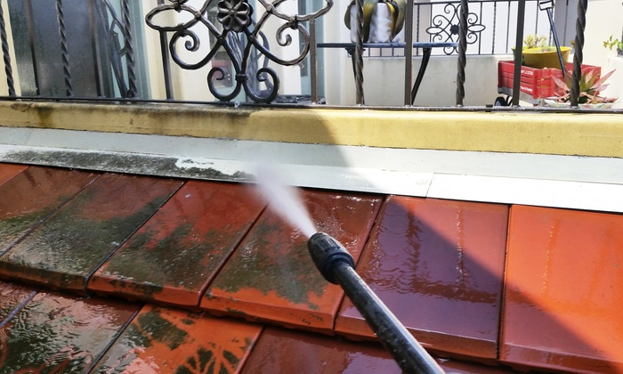 Midtown Company - Los Angeles: $245 for 5-Hour Power Washing for Exterior Walls or Driveway Up to 4,000 Sq. Ft. ($350 Value)
