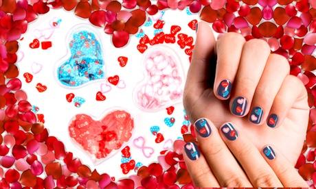 Hasta 36 cajas de corazones para decorar uñas