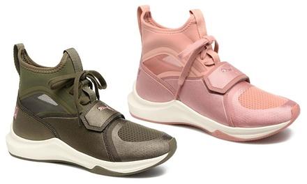 Sneakers da donna Puma disponibili in 2 colori e diverse misure