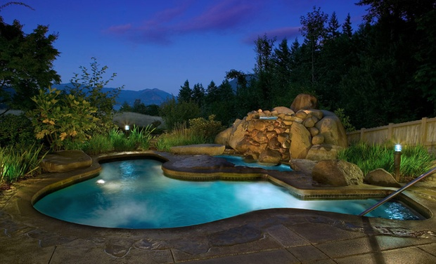 Skamania Lodge - Stevenson, Washington: Stay at Skamania Lodge in Stevenson, WA. Dates into October.