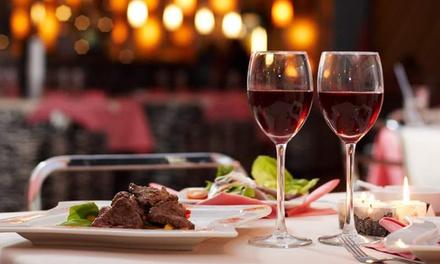 Menú par 2 o 4 con entrante, principal, postre y bebida en Tapería La Trobada (hasta 64% de descuento)