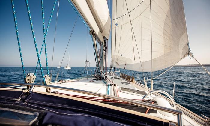 Azzurro Vita - Catania: Corso per patente nautica entro o oltre le 12 miglia da 179 €