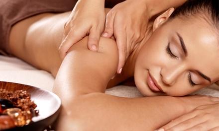 Modelage intense du dos et de la nuque de 30 min ou modelage relaxant du corps de 60 min dès 19,90 € à LInstant Beauté
