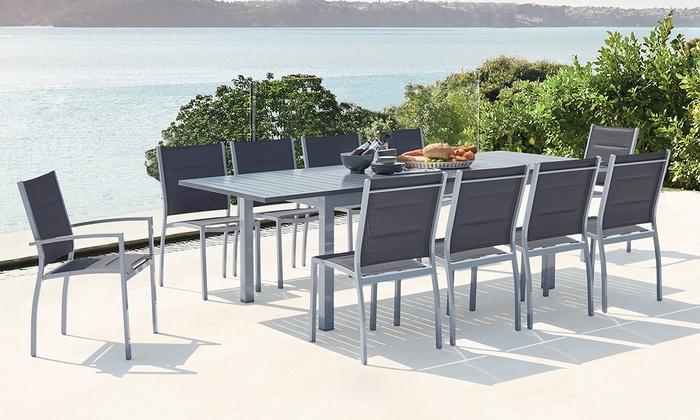 Groupon Mobili Da Giardino.Tavolo Estendibile E Sedie Da Esterno In Alluminio Disponibili In 2 Opzioni E Colori