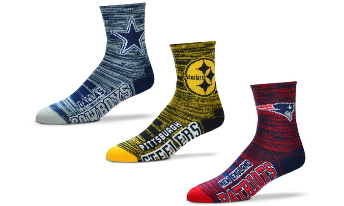 Officially Licensed NFL Motion Stripe Crew Socks: Officially Licensed NFL Motion Stripe Crew Socks
