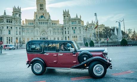 Tour por el Madrid histórico de 1 a 4 personas en coche vintage con Vintage City Tours (con 62% de descuento)