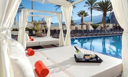 Cama balinesa en pool site con opción a frutas y cava o brunch y coctel desde 19,99 € en Costa Atlantis