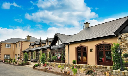 Co. Donegal: 13 Nights for Two with Breakfast, Prosecco and Late CheckOut at Mulroy Woods Hotel