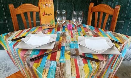 Menú para 2 o 4 con entrante, principal, postre y bebida o jarra de margarita o sangría desde 16,95 € en El Jalapeño