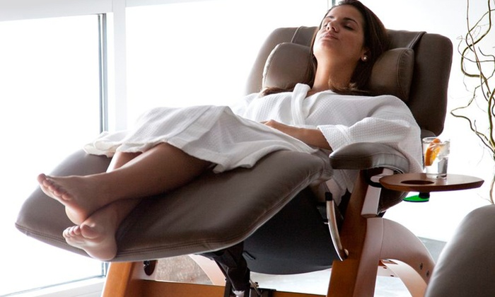 Hiatus Spa + Retreat - Dallas: Spa Experience with Facial and Massage. Four Options Available.