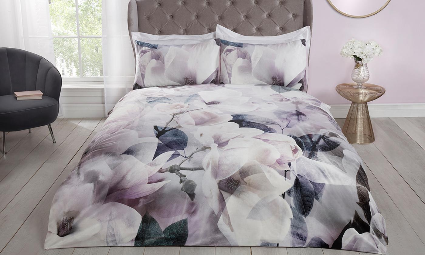 Pieridae Digital Print Velvet Duvet Set for £22