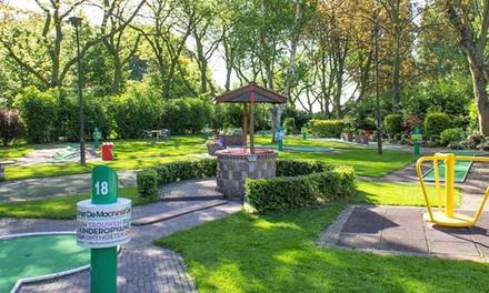 Midgetgolf en onbeperkt pannenkoeken eten voor 2 tot 8 personen bij Midget Golfbaan Parkhaven naast de Euromast