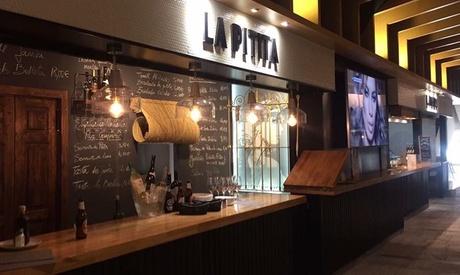 Menú para 2 o 4 con entrante, parrillada ibérica, postre y botella de vino desde 24,95 € en La Pitita Oferta en Groupon