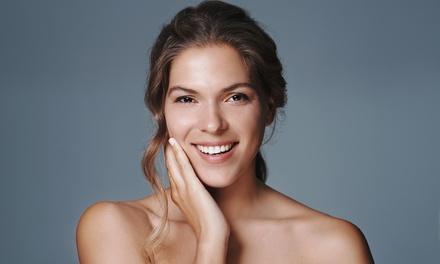 Limpieza facial en 10 pasos con masaje kobido por 19,90 € en AMC Peluqueros