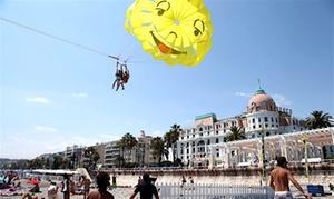 Glisse Evasion: 1 tour de parachute ascensionnel pour 1 ou 2 personnes dès 39,90 € avec Glisse evasion