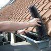 Brosses nettoyage pour gouttières