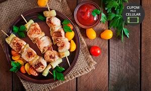 Barra Beach Restaurante: Espetinhos com acompanhamentos + refrigerante para 1, 2 ou 4 pessoas no Barra Beach Restaurante – Barra