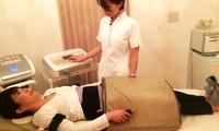 骨盤矯正・加圧・EMSのトリプルケアができる痩身マシン「APTS」を体験≪選べる1部位/APTS・キャビ・リンパドレナージュ(所要80~...