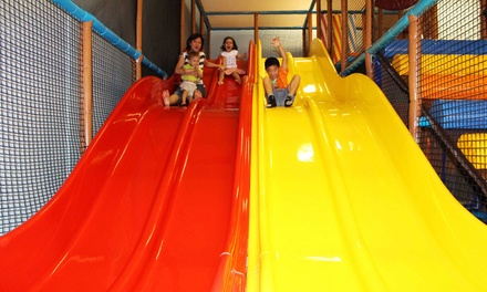 Entry and Juice Pop Top for 1 ($6) or 2 Children ($11) at Rainbow City Children Playcentre and Café (Up to $22.40 Value)