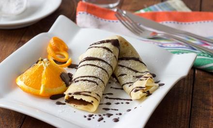 Crêpe mit Vanilleeis und Schoko-Sauce und Heißgetränk nach Wahl für 2 oder 4 Personen im Restaurant Kiiwii (41% sparen*)