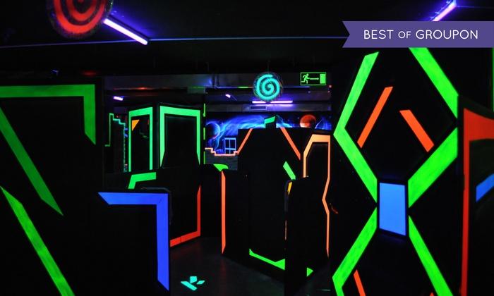 Laserowy paintball: 2 gry od 89,99 zł i więcej opcji w Labirynt Arena (do -49%)