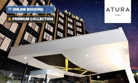 Albury, NSW: Deluxe King Room for Two People with Bottle of Wine at Atura Albury